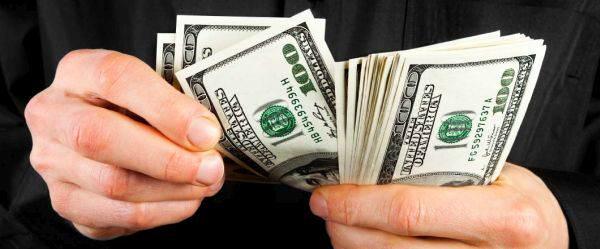 моделируем деньги